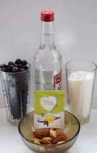 Ингредиенты для смородиновой настойке на водке