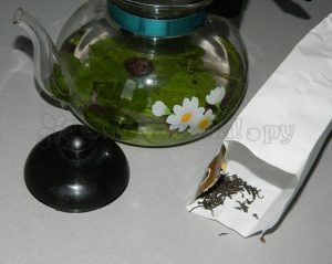 Добавляем немного черного чая