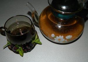 Настаиваем смородиновый чай