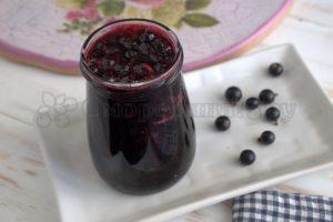 Пряное варенье из черной смородины